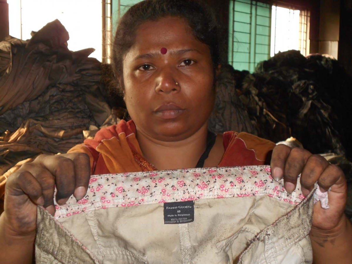 "Walmart label ""Made in Bangladesh""/Photo: International Labor Rights Forum"
